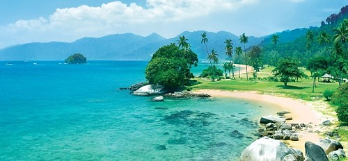 Click here to book your Tioman Island room of choice now