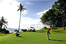 Tioman golf: challenging holes and spectacular panoramas
